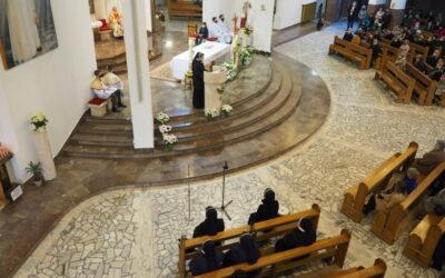 Z modlitwą o dar nowych powołań w Skawinie