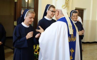 Pierwsze i wieczyste śluby zakonne